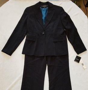 NWT Signature by Larry Levine Black Pin Strip Suit